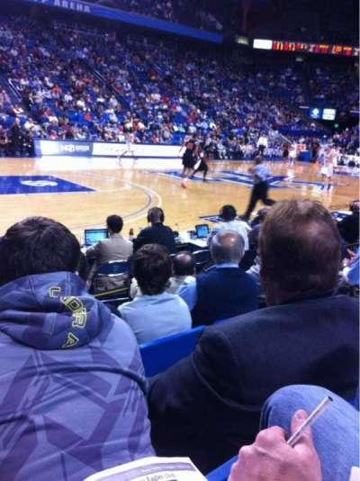 Rupp Arena, secção: 16, fila: DD, lugar: 6
