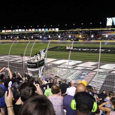 Charlotte Motor Speedway, secção: GM General Motors E, fila: 16, lugar: 25