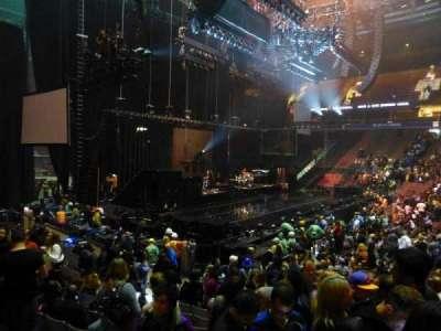Rogers Arena, secção: 114, fila: 11, lugar: 102