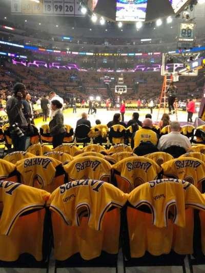 Staples Center secção 107