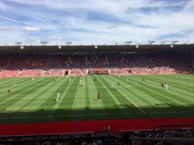 St Mary's Stadium, secção: 32, fila: W, lugar: 814