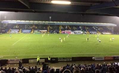 Gigg Lane secção East Stand