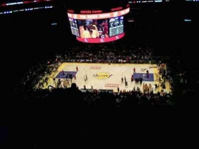 Staples Center secção 334