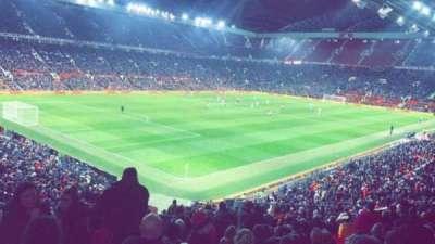 Old Trafford, secção: W210, fila: 22, lugar: 48