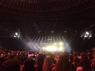 Oracle Arena, secção: D, fila: 10, lugar: 11