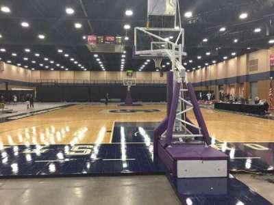 Mashburn Arena, secção: 2, fila: AA, lugar: 3
