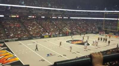 Honda Center, secção: 323, fila: A, lugar: 4