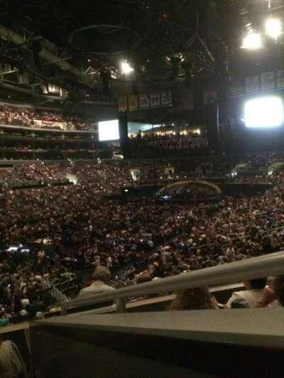 Staples Center secção 205