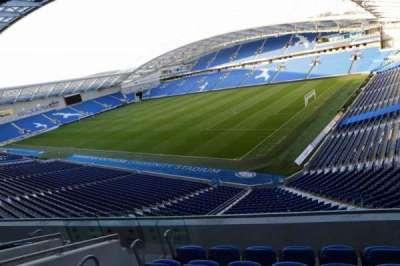 American Express Community Stadium, secção: S2I, fila: D