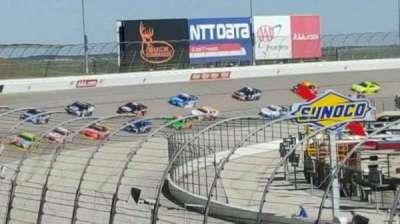 Texas Motor Speedway, secção: 422, fila: 15
