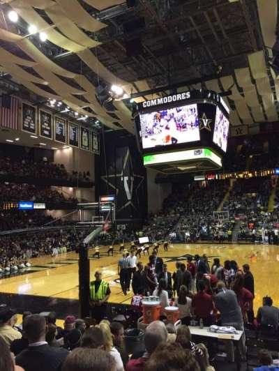 Memorial Gymnasium (Vanderbilt), secção: 1F, fila: 8