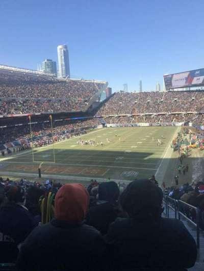 Soldier Field, secção: 220, fila: 19, lugar: 24