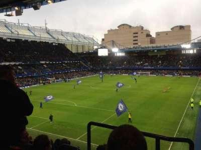 Stamford Bridge, secção: Matthew Harding upper, fila: H, lugar: 223