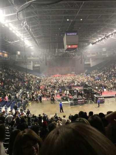 Webster Bank Arena, secção: 119, fila: R, lugar: 1
