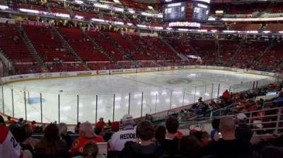 PNC Arena, secção: 108, fila: T, lugar: 9
