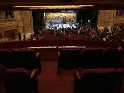 Chicago Theatre, secção: BOX, fila: S, lugar: 1