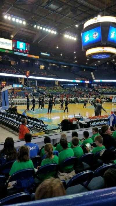 Allstate Arena, secção: 112, fila: A, lugar: 15