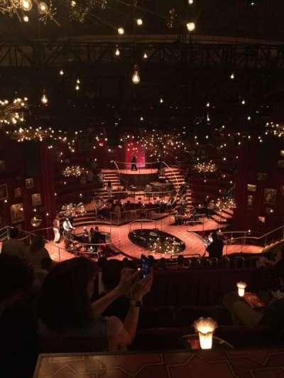 Imperial Theatre, secção: Rear Mezz, fila: E, lugar: 13