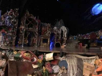 Neil Simon Theatre secção Orchestra R