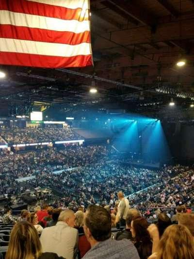 Allstate Arena, secção: 213, fila: m, lugar: 23