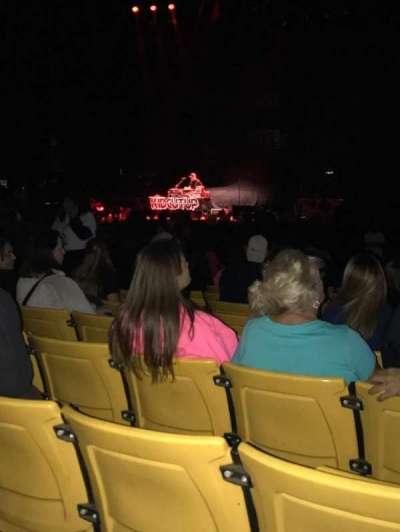 Hollywood Casino Amphitheatre (Tinley Park), secção: 102, fila: V, lugar: 13