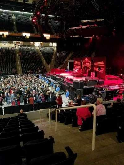 Thompson-Boling Arena secção 104