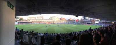 Lord's Cricket Ground , secção: Grand Stand Lower Tier Block 12, fila: 17, lugar: 90