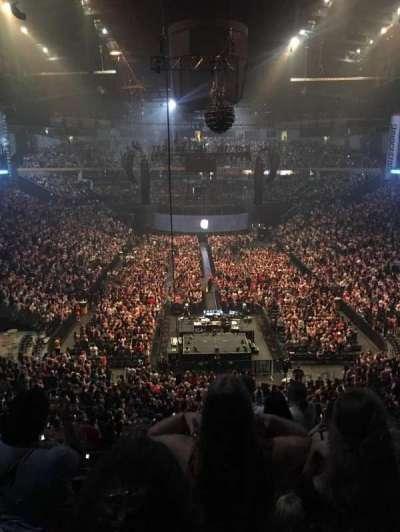 Bridgestone Arena secção 202
