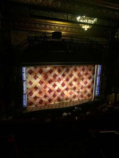 Brooks Atkinson Theatre secção Rear Mezzanine L
