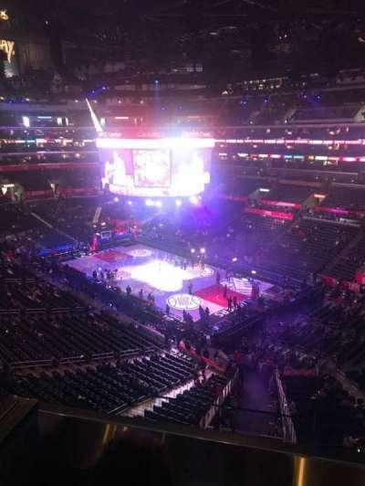 Staples Center secção Suite C2