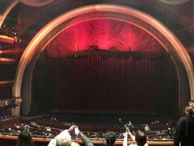 Dolby Theatre, secção: MEZ1C, fila: E, lugar: 13