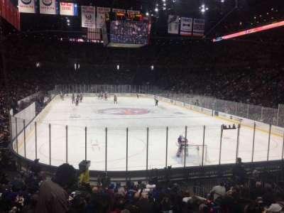 Nassau Veterans Memorial Coliseum, secção: 111, fila: 5, lugar: 7