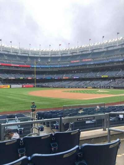 Yankee Stadium, secção: 128, fila: 4, lugar: 3