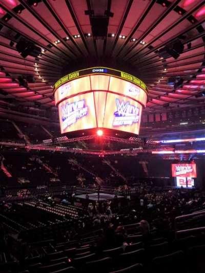 Madison Square Garden, secção: 105, fila: 11, lugar: 9-10