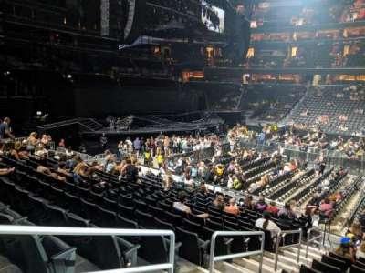Capital One Arena, secção: 100, fila: P, lugar: 3