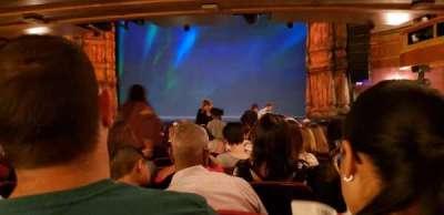 St. James Theatre, secção: Orchestra R, fila: R, lugar: 10