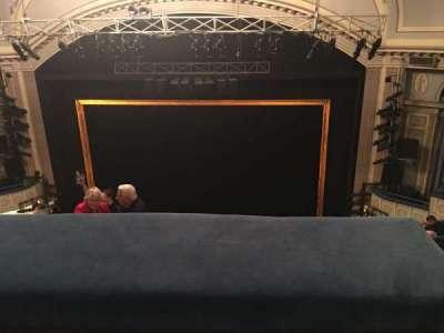 Ambassador Theatre, secção: Rear Mezzanine C, fila: C, lugar: 123