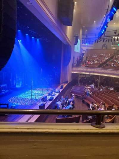 Ryman Auditorium, secção: Bal-16, fila: A, lugar: 5