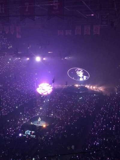 Capital One Arena, secção: 410, fila: Q