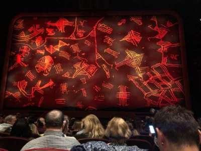Minskoff Theatre, secção: Orchestra C, fila: L, lugar: 117