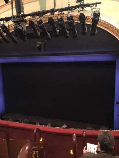 Booth Theatre, secção: Mezzanine R, fila: D, lugar: 2