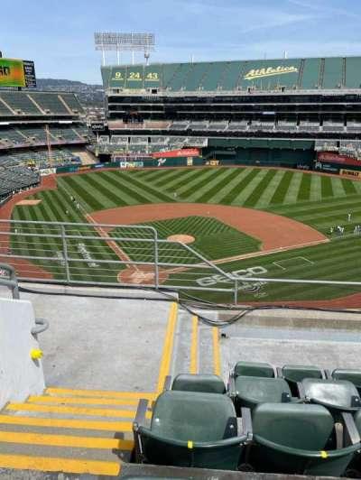 Oakland Coliseum, secção: 315, fila: 5, lugar: 16