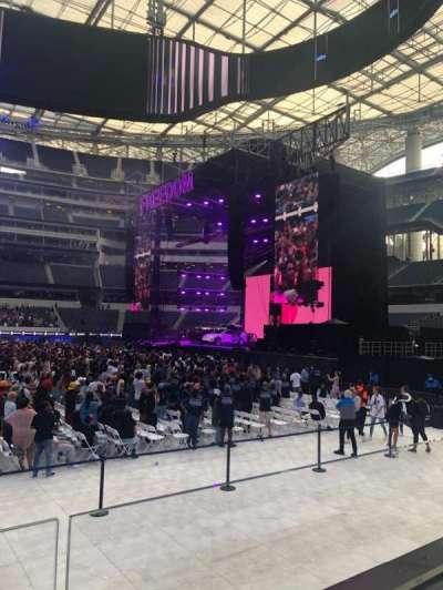 SoFi Stadium, secção: VIP132, fila: 1