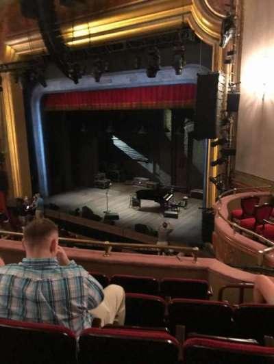 St. James Theatre secção Mezzanine R
