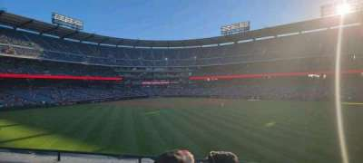 Angel Stadium, secção: 240, fila: d, lugar: 8
