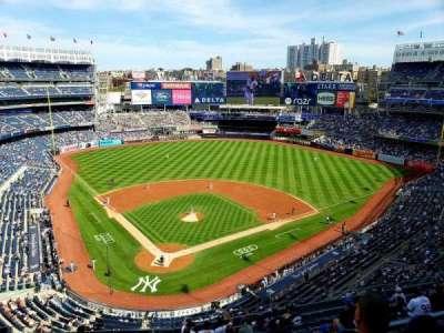 Yankee Stadium, secção: 420A, fila: 1, lugar: 1