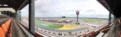 Charlotte Motor Speedway, secção: New Ver G, fila: 42, lugar: 4