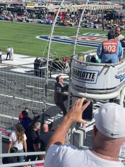 Charlotte Motor Speedway, secção: E, fila: 11, lugar: 34