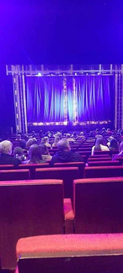 Bord Gáis Energy Theatre, secção: Stalls, fila: T, lugar: 20