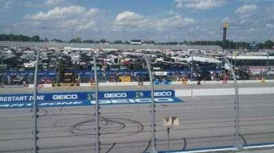 Darlington Raceway, secção: Wallace T, fila: 15, lugar: 25